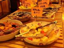 ご夕食バイキング(一例)田舎料理でおなか一杯☆