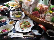 船盛付きのお食事の一例。その日の水揚げによって内容が変わります。