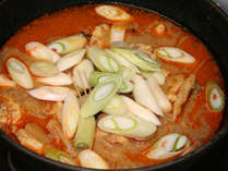 あんこうの旨さを凝縮した平潟名物『どぶ汁』!肝の出汁と具の水分で煮た究極の鍋
