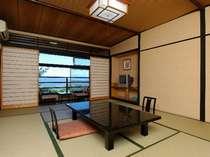 眺めも良く閑静なたたずまいの西館客室(一例)