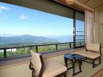 【東館最上階・禁煙・和室12畳】最上階は5階ですが高台にある為、平地の10階の高さと同等の眺望です。
