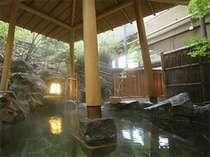 【東館B1・無料貸切露天風呂・「水天宮の湯」しらかば】翌6時半から男性共用露天風呂になりま