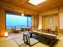 【東館最上階・禁煙・和室12畳】全2室。特別展望客室。当館一番人気のお部屋です。お早めのご予約を。