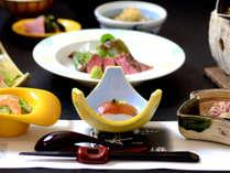 【夕食・一例】肉や魚、地元群馬の地野菜をバランスよく取り入れた創作会席料理です。