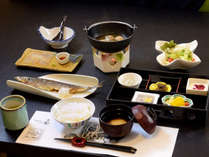 【朝食】1日の始まりは群馬県産のコシヒカリと毎朝丁寧にとる出汁のきいたお味噌汁。良い香りです。