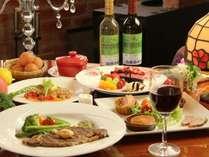 夕食。当館基本。A5和牛ステーキコースのお料理一例。