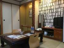 『和室』◆最大5名様まで泊まることが可能。喫煙ルーム。