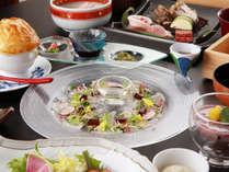 【【夕食一例】高評価をいただける美食会席】夕食はにフレンチを取り入れた創作会席をご用意いたします。