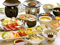 ≪12月~2月≫希少な愛鷹牛、鮑の踊り焼きなど冬の味覚が詰まった美食会席「華やぎ会席」