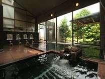 大浴場は浦島の湯(男)と乙姫の湯(女)。ご入浴は24時間可能