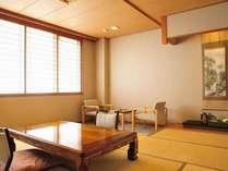 ■小ぶりな客室■『和室』[11畳+広縁]