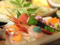 ◆お食事の一例(氷見湾で獲れたお魚お造り)