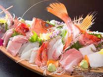 旬の魚を堪能!豪華舟盛付