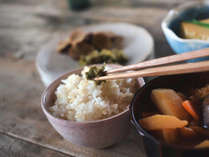 【朝食】※image炊き立てごはんにあったか味噌汁。気取らない日本の朝ごはんをどうぞ。