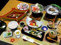 新鮮な魚介類を中心に季節の旬食材を使用した料理人こだわりの《季節の和食膳》 ※写真はイメージ