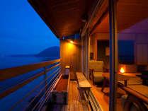 別府湾を眺め静粛で心休まる本物の贅沢な一時を