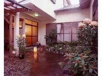 日本の渚百選に選ばれた「弓ヶ浜海水浴場」へ徒歩2分♪お散歩にいかがですか?