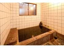 離れの弓ヶ浜温泉の風呂は男女別(貸切もできます)