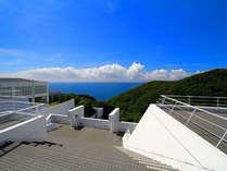展望テラスからは太平洋が一望できます。