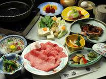 【貸切風呂40分無料の特典付!】米沢牛!すき焼きorしゃぶしゃぶ100g