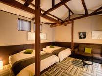 【ツインルーム】広々としたツインルーム。室内でのインターネット接続も可能です!