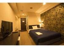 スタンダードシングルルーム(15平米)全部屋140cmのダブルベッドでゆったり。