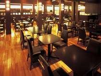 2F カフェレストラン ル・タン