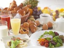 レストラン利用券は朝食にもご利用いただけます♪カフェレストラン「ル・タン」和洋ブフェ朝食イメージ