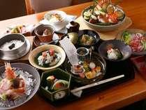 【お部屋食プラン】夕食12,000円コース/総料理長 夏目が手掛ける旬の和食会席を堪能