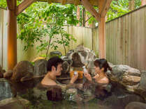 貸切風呂で桶酒。熱燗、冷酒、ビール、ジュース、ウーロン茶、アイスでも可