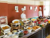 コテージ・ヒムカでの朝食風景。お好きなものをどうぞ!