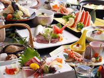 【夢の章料理イメージ】温泉で蒸しあげた鮑料理を含んだボリューム満点のお料理。