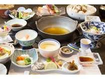料理一例 オリジナル巻狩り雲海鍋