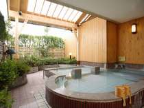 贅沢な開放感♪ 貸切露天風呂:『蘭花の湯』