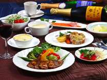 ある日の夕食です。ご希望の方はご飯&お味噌汁追加でご用意致します。