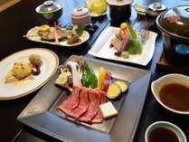 【お食事の一例】料理長こだわりの「手づくり和洋会席料理」