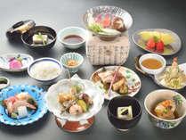 【夕食一例(グレードアップ)】当館料理長渾身の特選会席。上質を追求した京料理です