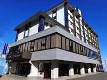 ホテル外観 アクセスのいい新宿にあって静かな環境のホテル コンビニも徒歩1分ほどに有り