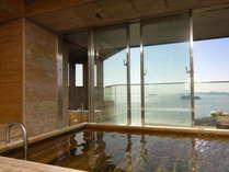 【貸切風呂】ひとつの貸切風呂に露天風呂と内風呂があり洗い場も広々