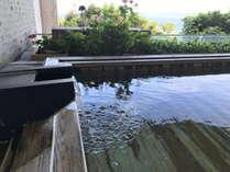 【露天風呂】温泉にてゆっくり日ごろの疲れをいやしてください。