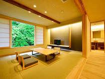 【Aタイプ】清流を眺める半露天付風呂付客室。