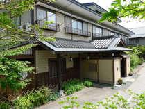 *[外観]野辺山駅は徒歩3分!八ヶ岳高原の小さなお宿「野辺山荘」