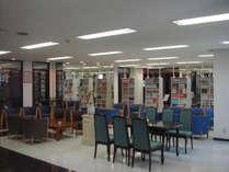 マンガコーナー(本館2階サービスルーム)