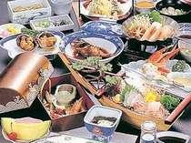 海の幸が自慢のお料理(季節により多少内容が変わります。)