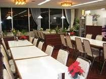 旅館併設のレストランは、19:30オーダーストップです。