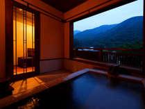 夕景の瑞雲露天風呂