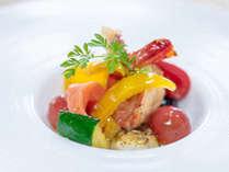 夏野菜とシーフードのマリネ