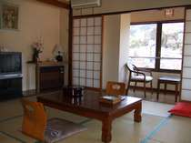ワンちゃん、猫ちゃんと泊まれる 和室(34平米以上)