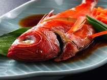 ★【先着5組限定】ポイント獲得★金目鯛煮付け& あわび踊り焼き付海鮮炭火焼★≪エアコンあり≫