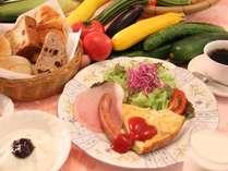清里の清々しい空気の中頂く朝食は最高です